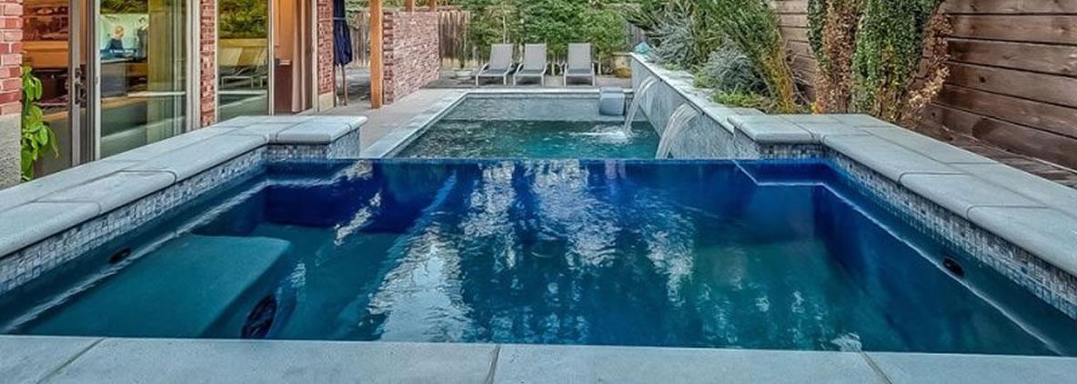 Sleek And Modern Pool Design In Dallas Dallas Pool Builder